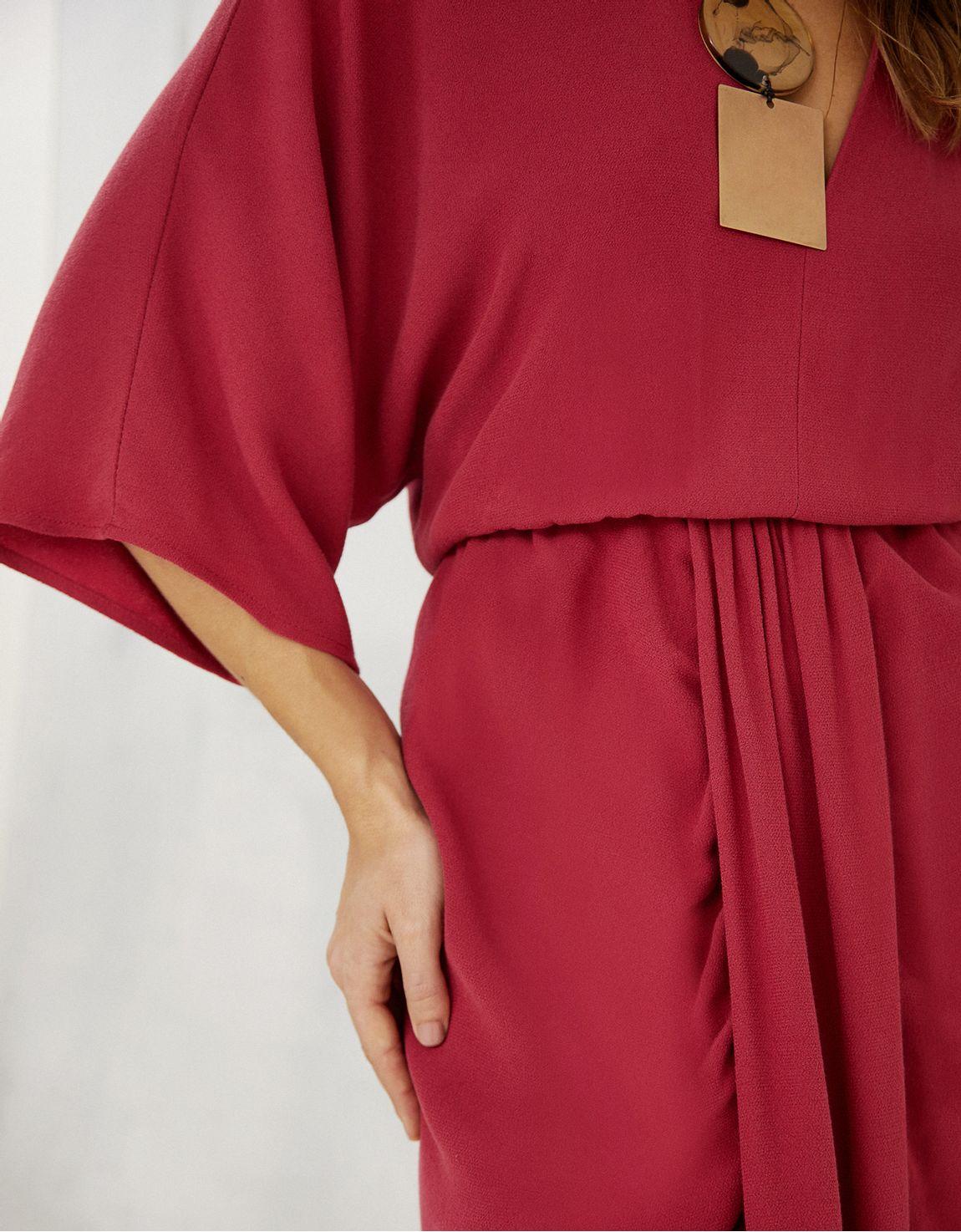 Vestido crepe manga kimono