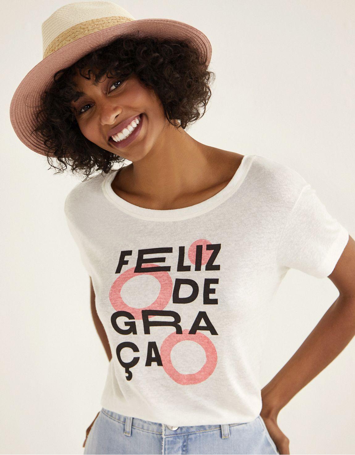 T-shirt feliz de graca quintalbr
