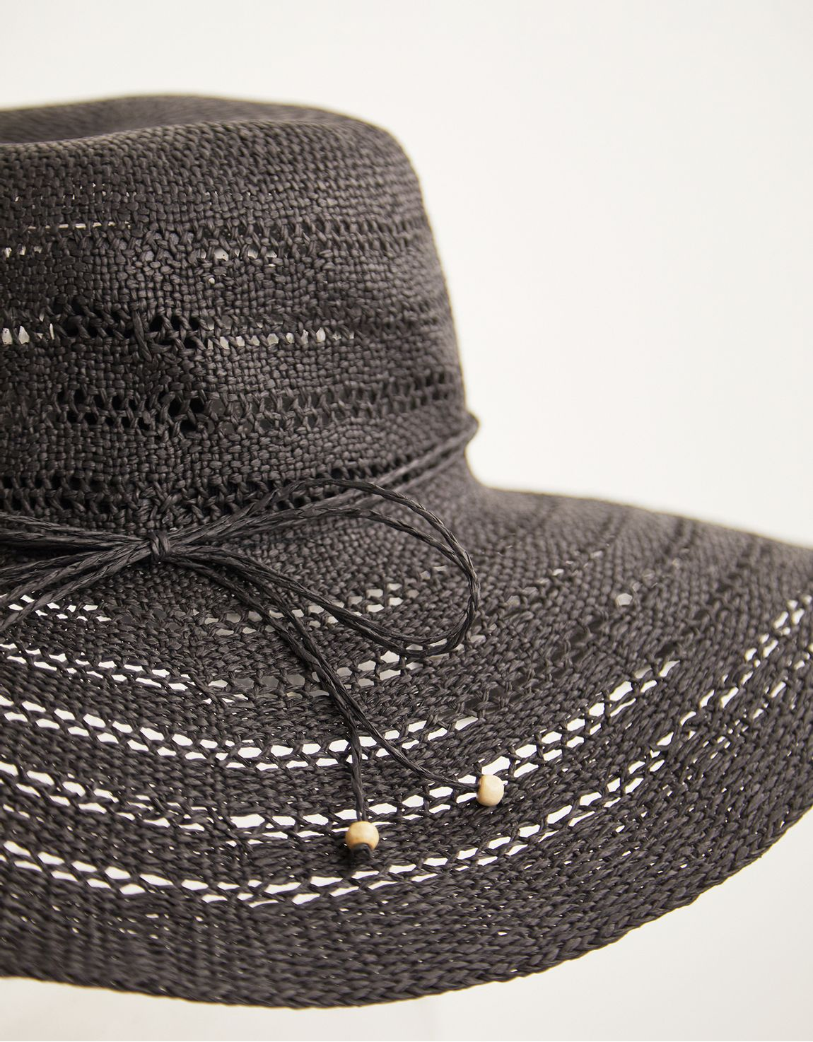 Chapéu rendado preto