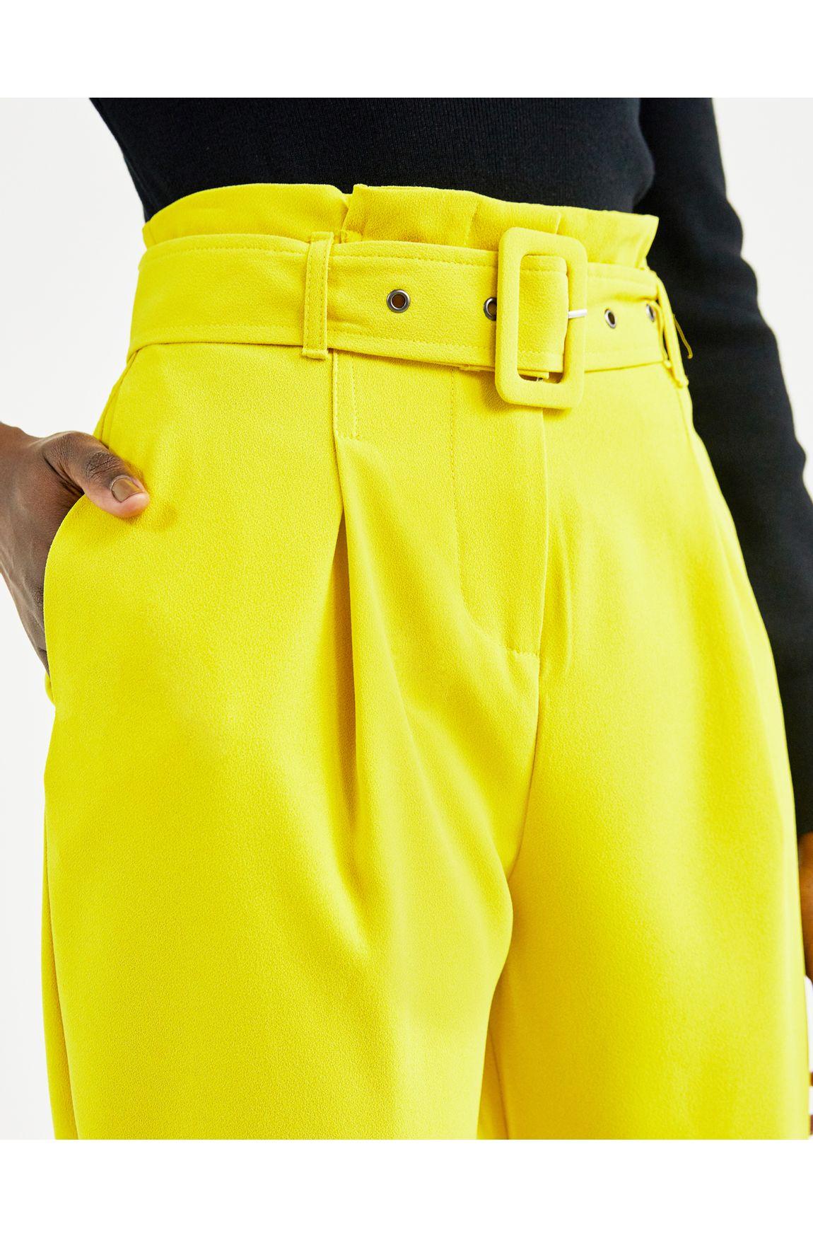 Calça slim crepe amarela