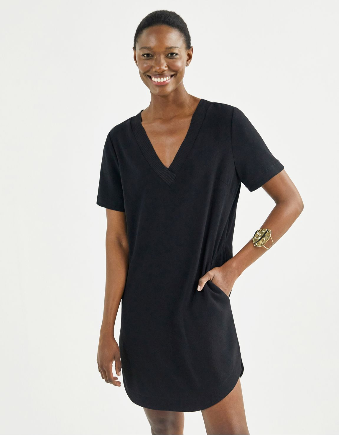 T shirt dress curto preto