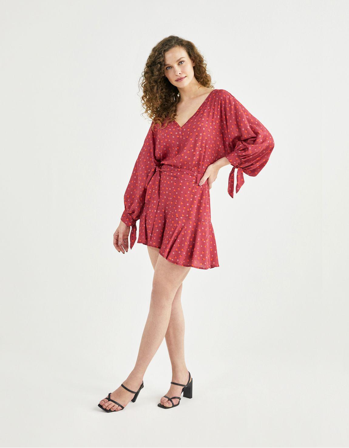 Shorts saia estampa cereja