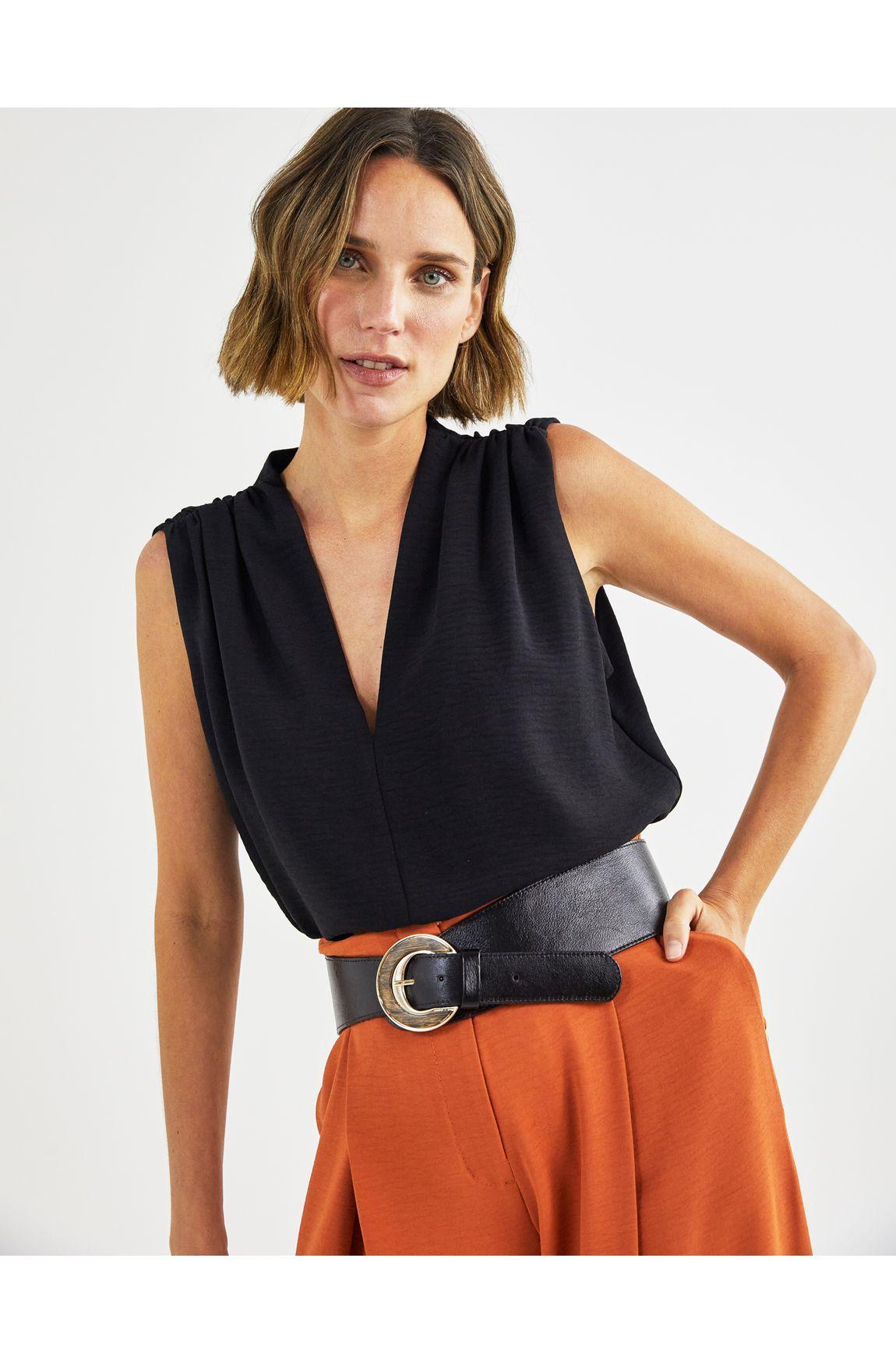 Blusa ampla crepe franzido ombro
