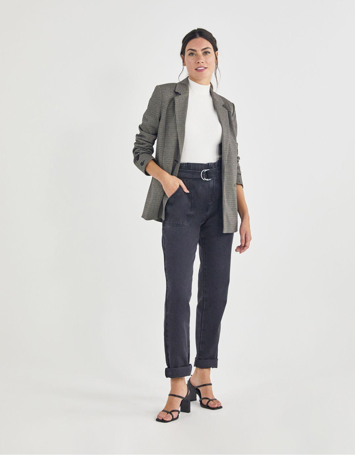Calça jeans black slim bolso aplicado