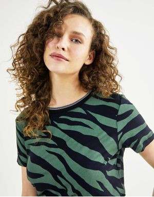 T-shirt tiger texture