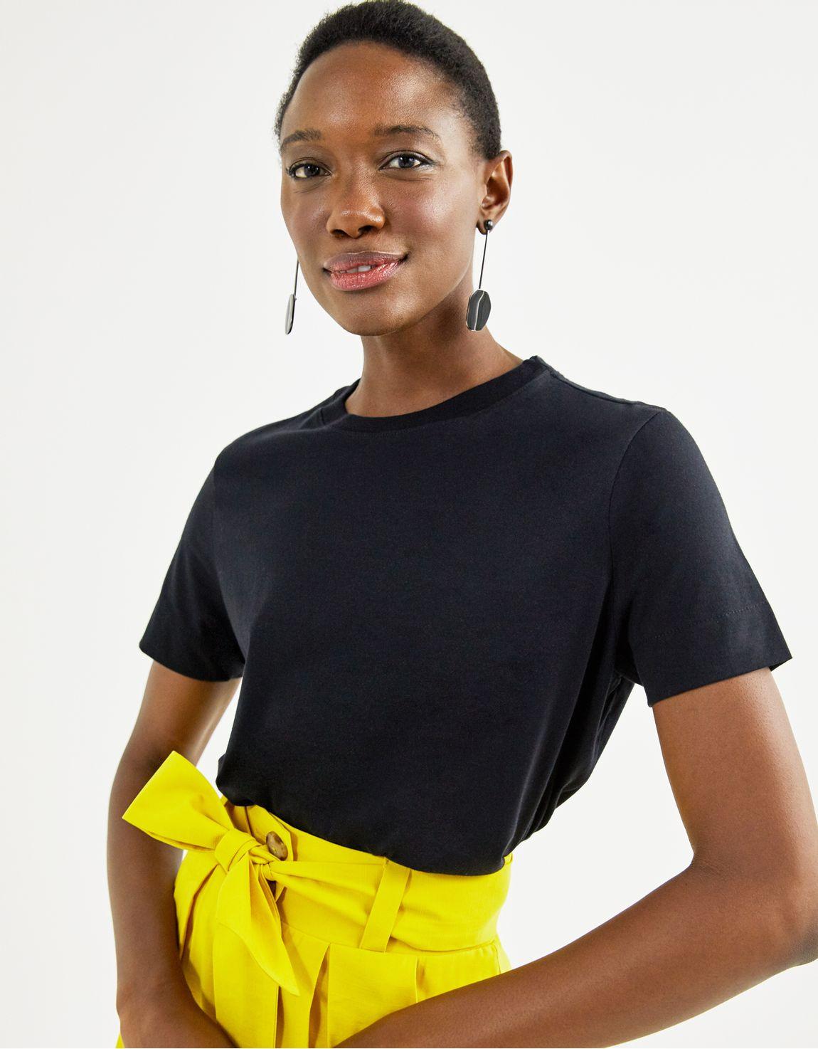 T-shirt pima decote careca