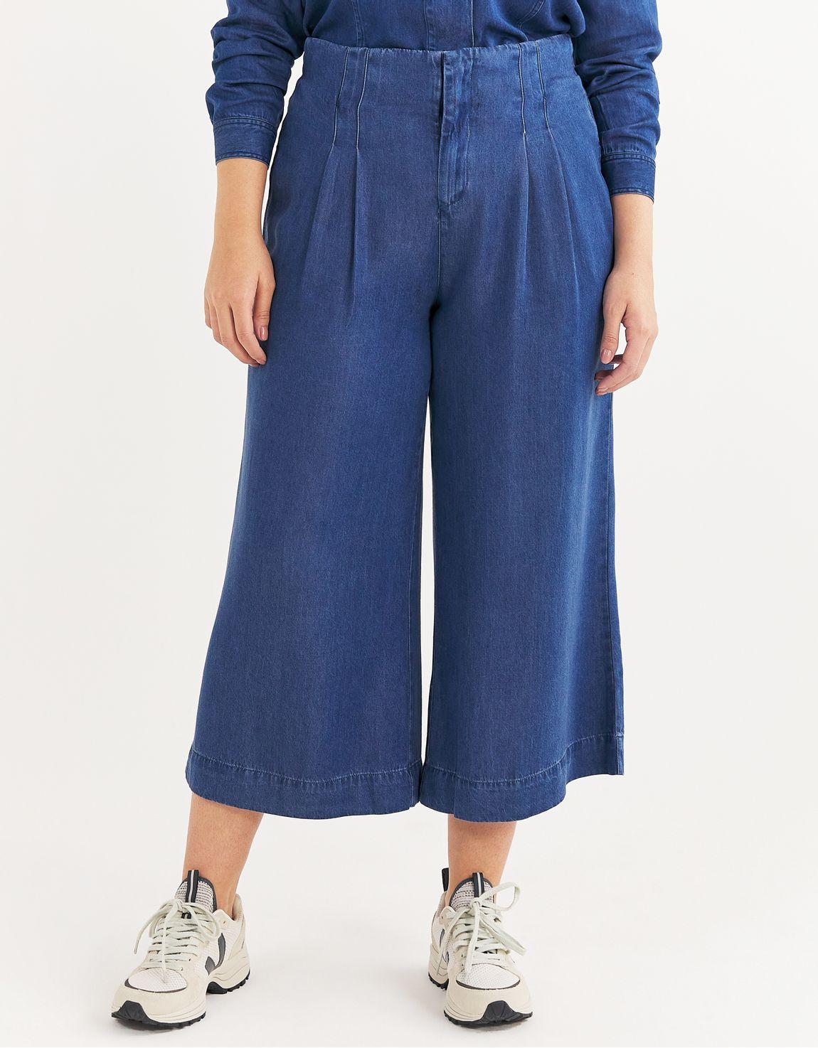 Calça pantacourt liocel jeans