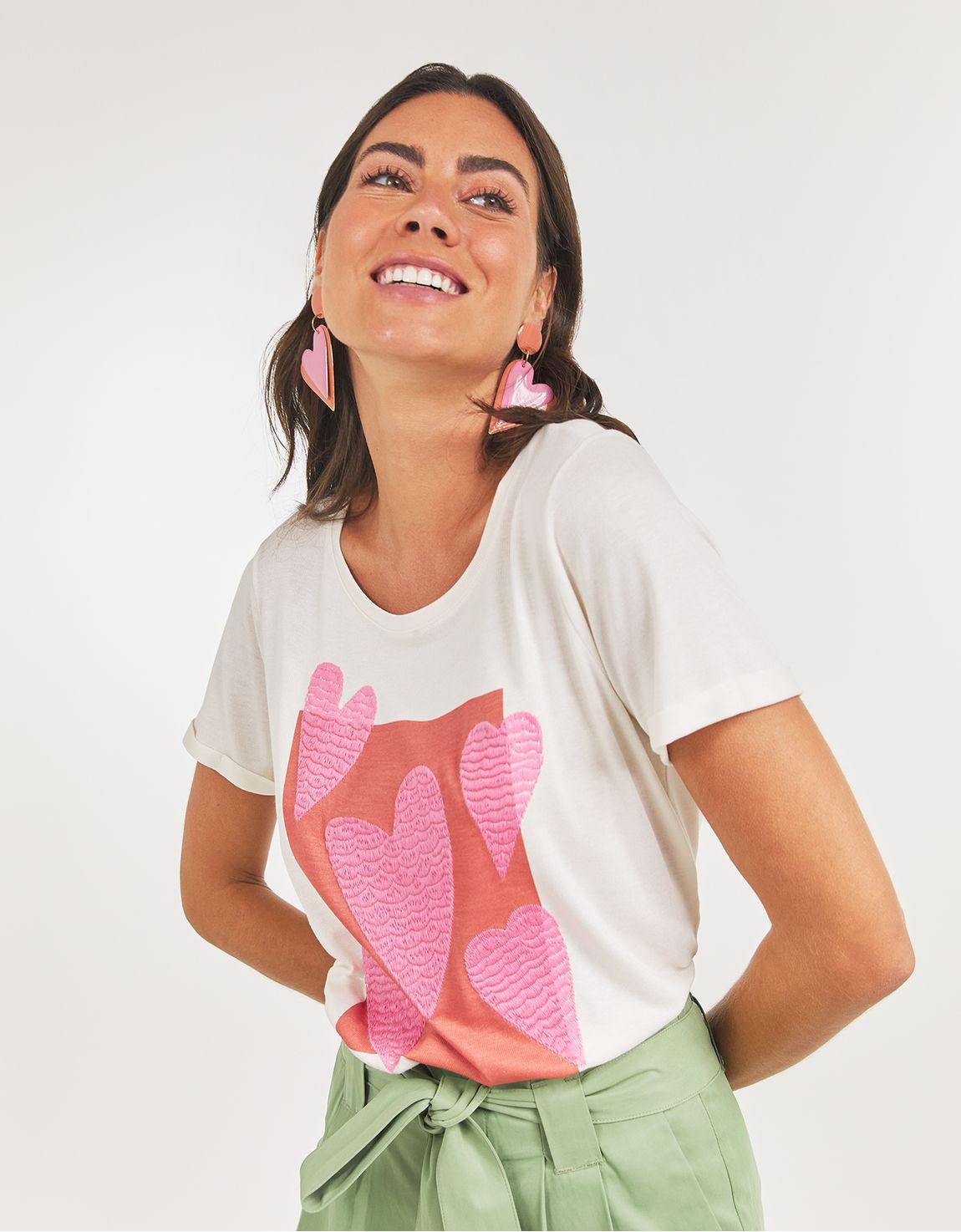 T-shirt cartaz coracao