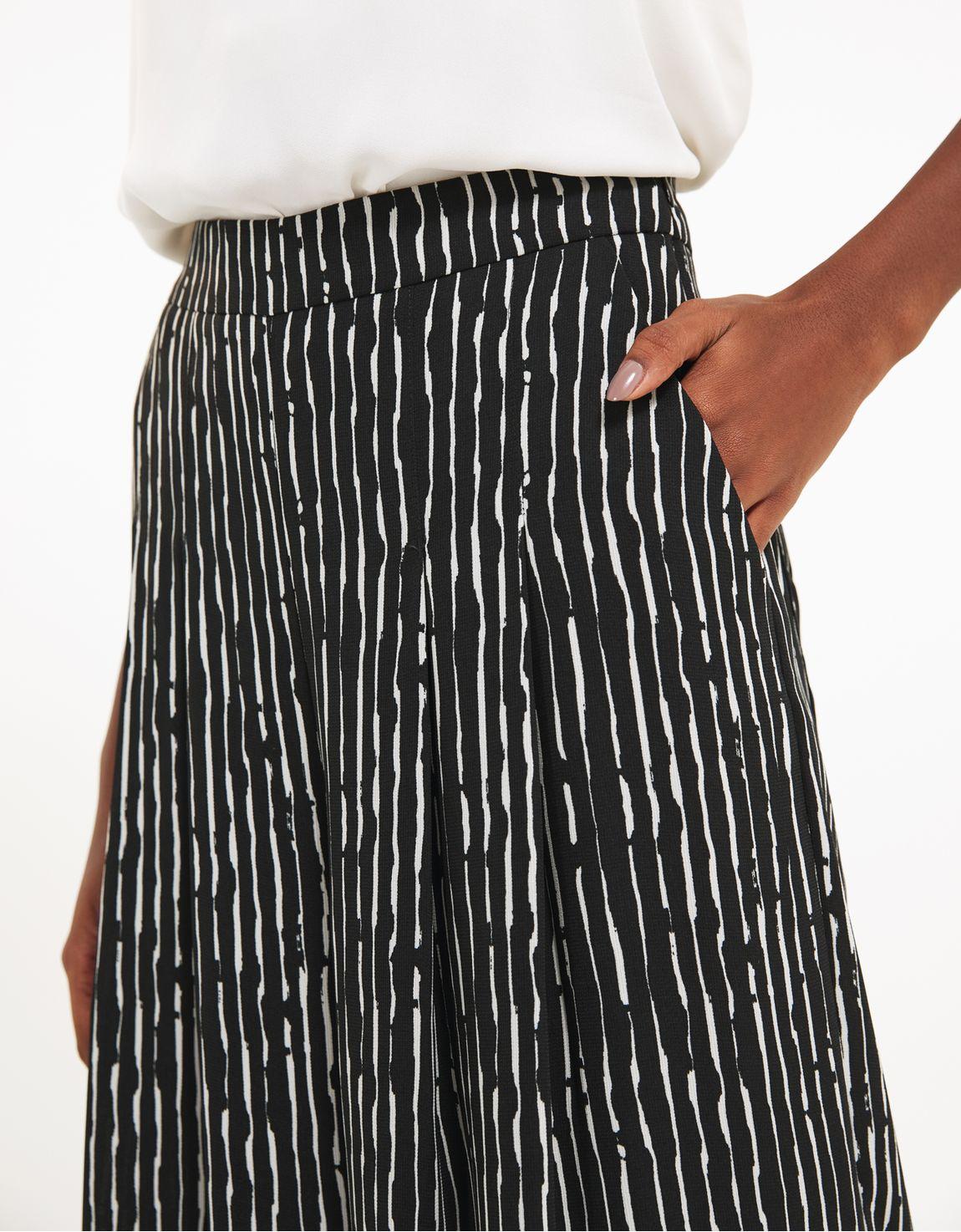 Pantalona listra pincelada preto